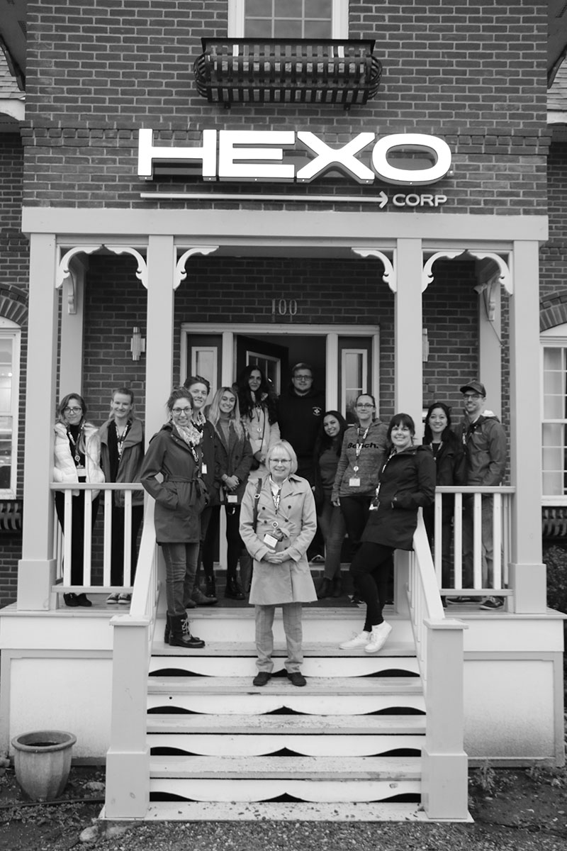 CML4504E students at the entrance of HEXO Corp.
